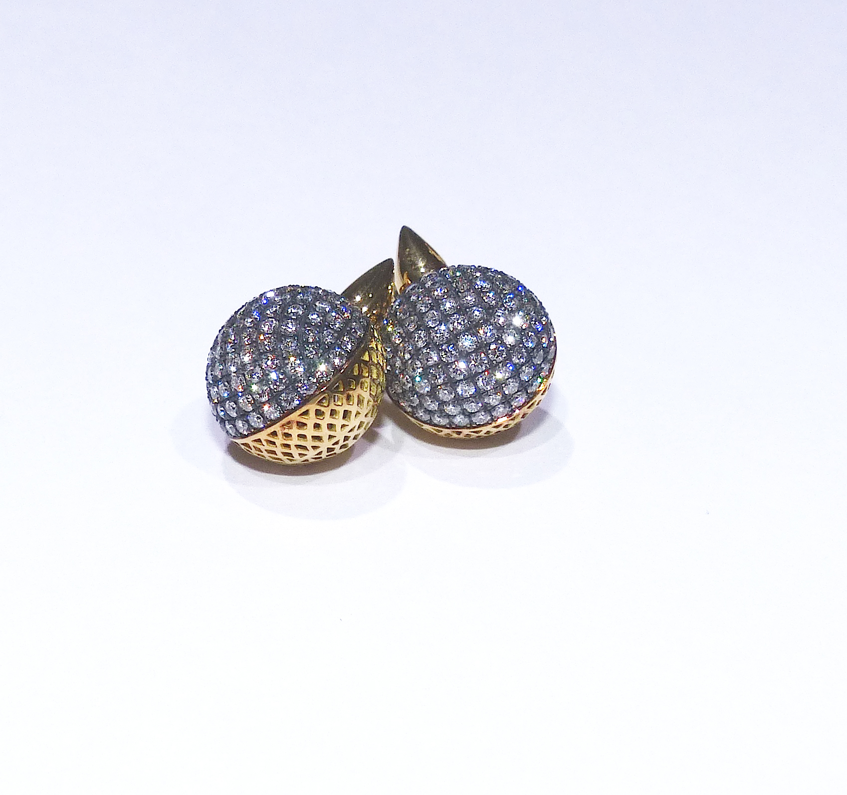 cw-ball-earrings